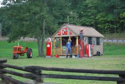 cabin-gas-stationbg